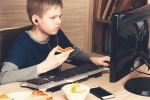 More Internet Time Soars Junk Food Request by Kids: Study