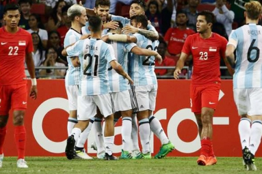 Argentina hammered Singapore 6-0